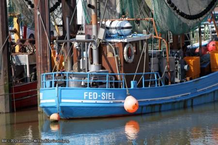 Hafen von Fedderwardersiel - Frühling 2012